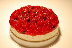 ベリーベリーレアチーズケーキ