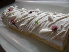 春限定の桜のロールケーキ グーテ・ド・ママン